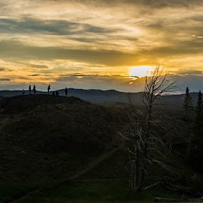 Sunset over the Mountains by Zach Boudreaux - Landscapes Sunsets & Sunrises ( mountains, sunset, beautiful, people )