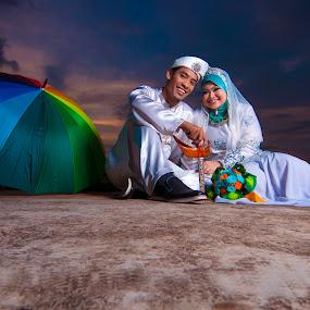 malay wedding by Hafiz Othman - Wedding Bride & Groom ( save the date, wedding, malay, bride, groom )