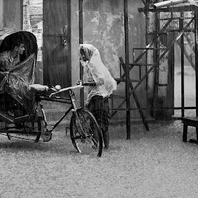 It's Raining..... by ডাঃ মুহাম্মদ হাসান - City,  Street & Park  Street Scenes ( bangladesh, water logging, people, rain, dhaka )