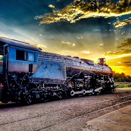 Into the Sunset by Paul Downs - Instagram & Mobile Android ( train )