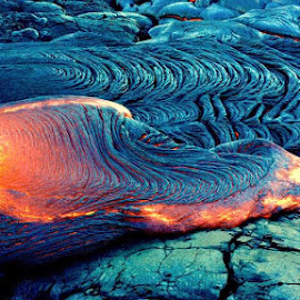 by John Tarson - Nature Up Close Rock & Stone