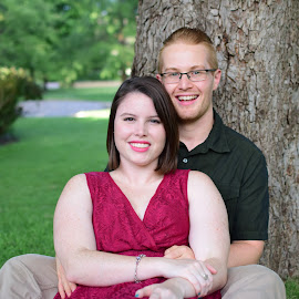 Engagement shoot by Vicki Abbott Beatty - People Couples