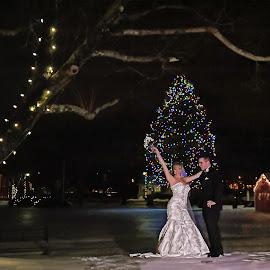 We did it by Tammy Belanger - Wedding Bride & Groom ( pose, weddings, wedding, snow, flowers, bride, groom, posed, portrait,  )