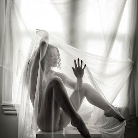 Metaporphosis by James Wayne - Nudes & Boudoir Artistic Nude ( studio, natural light, implied nude, art nude, black and white, window light, keira grant, body sculpture )