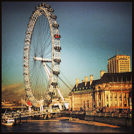 London eye by Hugo Silva - Instagram & Mobile iPhone ( giant wheel, london eye, london, iphone, river,  )