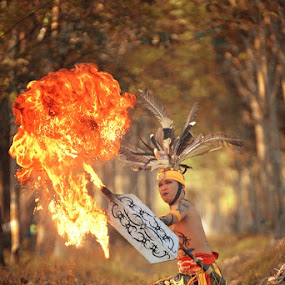 BIG FIRE OF DAYAK BORNEO by Ezha Nizami - People Portraits of Men