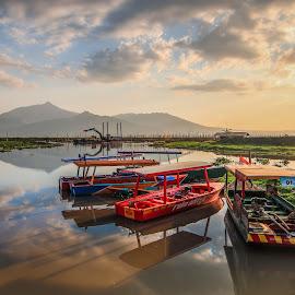 by Luna Almira  Ali - Transportation Boats