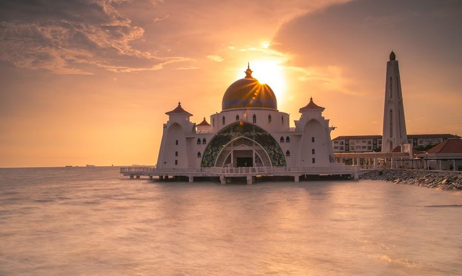 Strait Mosque ,Malacca by Jack Lim - Landscapes Sunsets & Sunrises