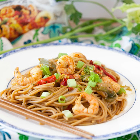 Quick & Healthy Shrimp Lo Mein