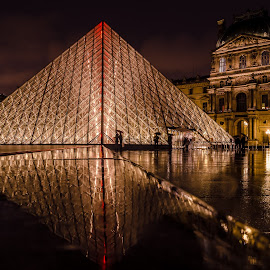 Louvre at Rain by Rohit Khurana - Buildings & Architecture Statues & Monuments ( paris, louvre, france, museum, rain )