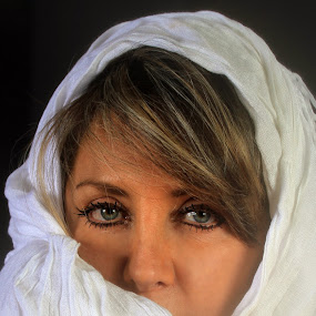 Green eyes by Cristobal Garciaferro Rubio - People Portraits of Women ( lady, green eyes, beauty, eyes )