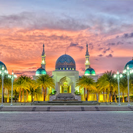 AL Bukhari Mosque Kedah Malaysia by Mohammad Khairizal Afendy - Buildings & Architecture Places of Worship ( muslim, building, islam, exterior, sunset, mosque, malaysia, architecture )