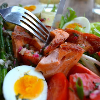 WARM SALMON SALAD NICOISE