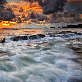 Sunset stream by Hendri Suhandi - Landscapes Beaches ( bali, sunset, beach )