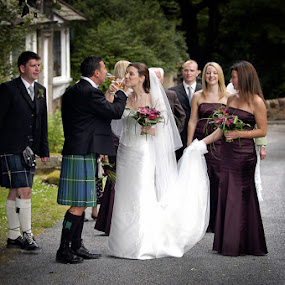 Glencorse House wedding photography, Scotland by Simon Grosset - Wedding Reception