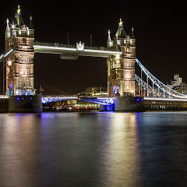 London Bridge at Night by Darren Wilmin - Buildings & Architecture Bridges & Suspended Structures ( london, tower bridge )