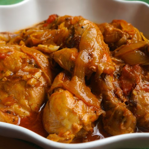 Chicken in Creole Sauce (Poulet a L'Haitienne)