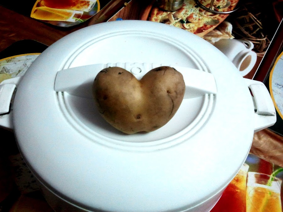 Hear shape potato by Basant Malviya - Food & Drink Fruits & Vegetables ( potato, heart shape,  )