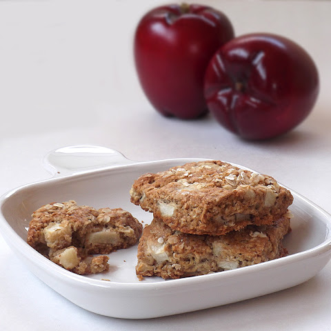 Apple and Oat Scones with Cinnamon and Nutmeg from Martha Stewart Living Magazine, February 2012