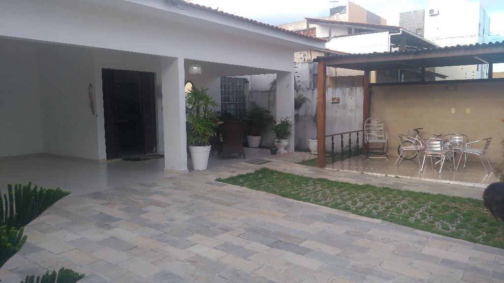 Casa residencial à venda, Jardim Cidade Universitária, João Pessoa.