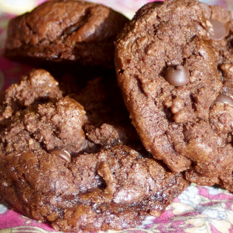 Double Chocolate Maple Bacon Cookies (paleo, dairy-free)
