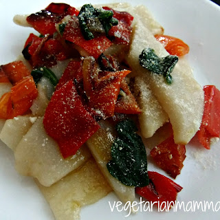 Roasted Pepper and Spinach Pasta – #glutenfree