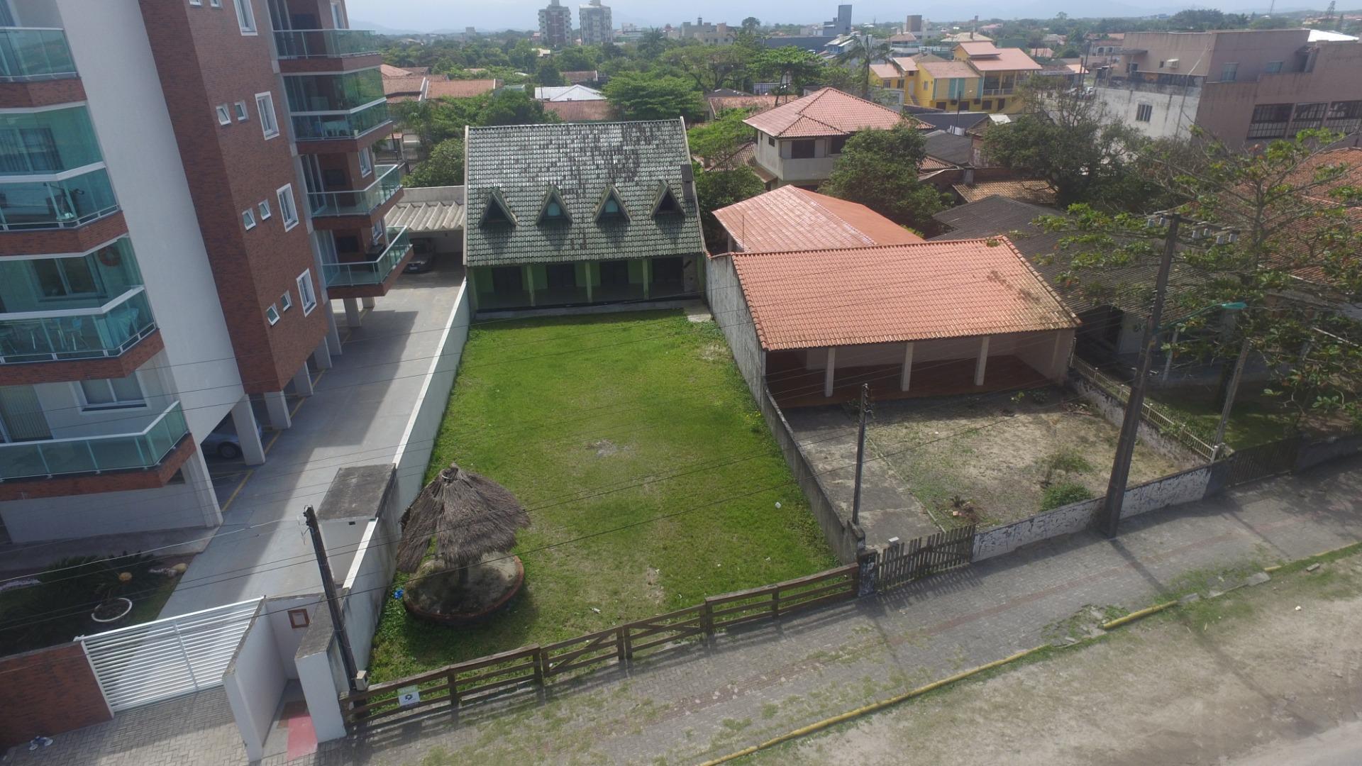 Sobrado com 4 dormitórios à venda, 120 m² por R$ 800.000,00 - Jardim Pérola - Itapoá/SC