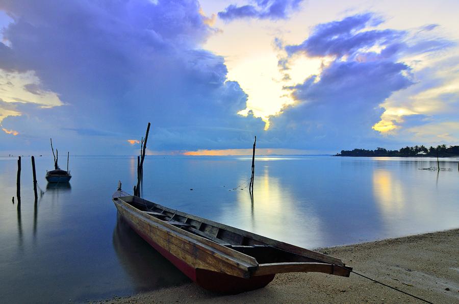 Parking by Irwansyah St - Transportation Boats