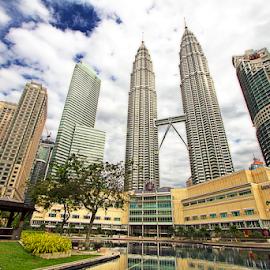 Kuala Lumpur Center Center by Steven De Siow - Buildings & Architecture Office Buildings & Hotels ( office buildings, klcc, hotels, offices, kuala lumpur )
