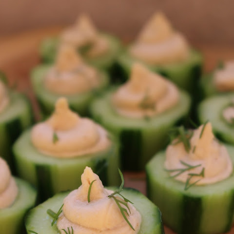 Cucumber Cups with Hummus