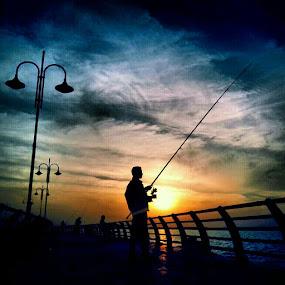 sunset fishing by Yahia  husain - Landscapes Sunsets & Sunrises ( sunset, sunsets, beautiful, sea, lovely, fishing, stunning )