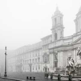 Fountain of the Four Rivers in piazza Navona wrapped in fog by Valerio Rosati - Buildings & Architecture Statues & Monuments ( baroque, marble, church, tourism, travel, morning, rivers, bellfry, tower, facade, fog, rome, agnes, fountain, borromini, lamp, bernini, four, square, italy, gange )