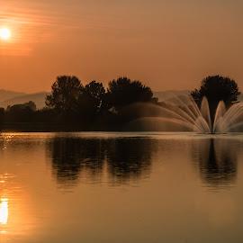 Sunrise 1 by Varok Saurfang - Landscapes Sunsets & Sunrises ( dawn, fountain, lake, sunrise, sun )