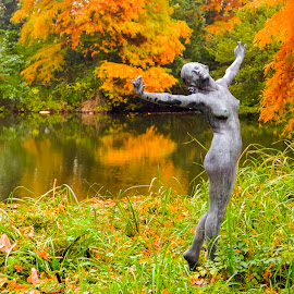 Nymph of the Lake by Lajos E - Buildings & Architecture Statues & Monuments ( water, statue, girl, naked, akt, pond )