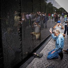 Salute! by Shawn Klawitter - People Street & Candids ( dc, vietnam memorial, honor, memorial day, outdoors )