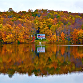 by Doug Hilson - Landscapes Travel