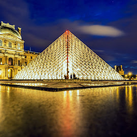 A midnight in Paris! by Shweta Chauhan - Buildings & Architecture Statues & Monuments ( paris, louvre, night photography, pyramid, museum )