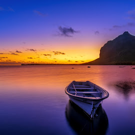 Sunset Moment by Chetan Singh - Landscapes Sunsets & Sunrises ( water, mountain, waterscape, colors, sunsets, sunset, sea, boat )