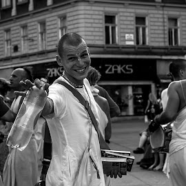Just smile more by Iva Marinić - People Street & Candids ( nikon d, smiling, music, street photo, black and white, man, street photography, smile )
