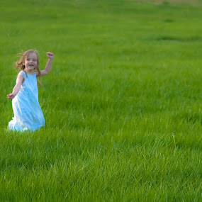 Catch Me If You Can by Ron Plasencia - Babies & Children Children Candids