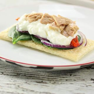 Cottage Cheese & Tuna Crispbread