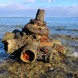 Wreckage by Geoffrey Wols - Artistic Objects Antiques ( water, artifact, shipwreck, vanutau, rust )