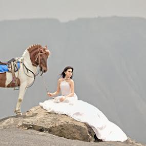 by Hendra Tri Nugroho - Wedding Bride