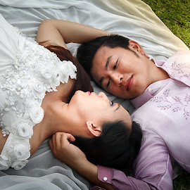 I am yours and you are mine. by Hanzel Lacida - Wedding Bride & Groom