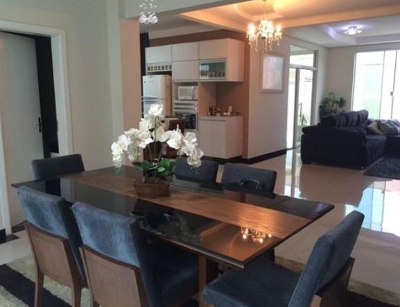Casa com 3 dormitórios à venda por R$ 850.000 - Jardim Terramérica II - Americana/SP