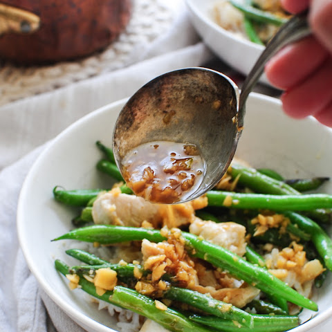Chicken and Green Beans with a Garlic Ginger Pan Sauce