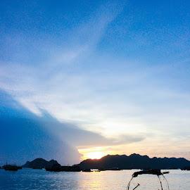 sunset in Cat Ba by Ngọc Phạm - Landscapes Beaches ( #sunset #catba #vietnam #2015 #beachs #island )