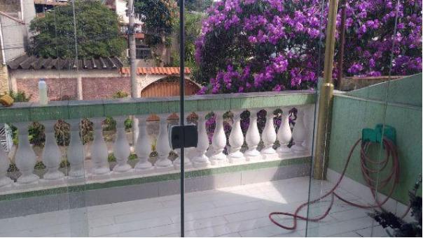 Sobrado à Venda - Jardim Nice