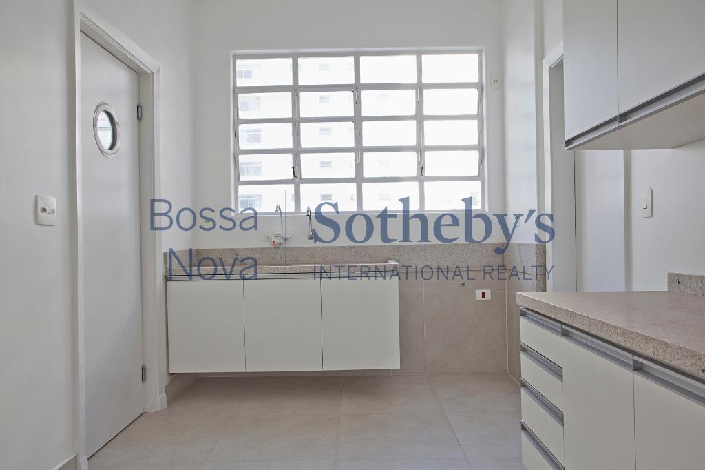 Apartamento elegante com terraço e segurança
