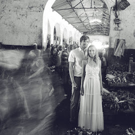 Market Romance by Andrew Morgan - Wedding Bride & Groom ( love, weddingdress, zanzibar, market, wedding )